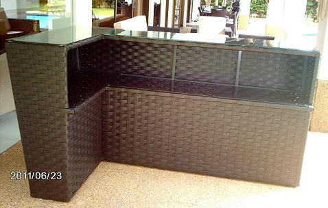 L Shaped Bar Counter 2010 Lifestyle